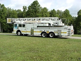 1995 SIMON DUPLEX LTI 85 ARIEL LADDER FIRE TRUCK SALVAGE - PARTS FOR SALE