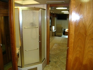 2005 Beaver Monterey 3 slide outs for sale